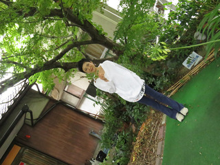 岡澤加代子さん.jpg